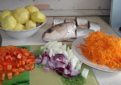 Рыбы с картофелем в мультиварке